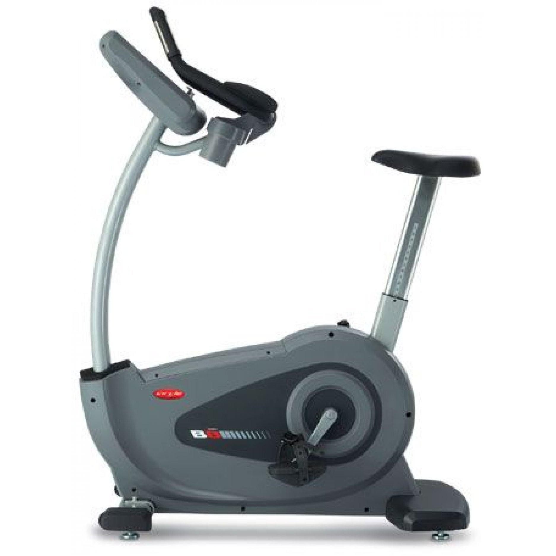 Вертикальный велотренажер Circle Fitness B8